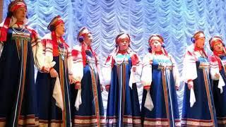 """Хор  """" Еленка """" .Русские народные песни."""